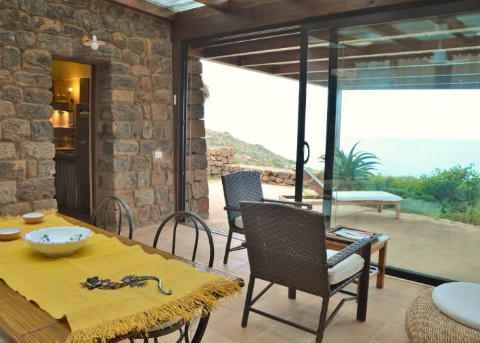 Dammuso giardino d 39 inverno vivere pantelleria - Giardino d inverno normativa ...